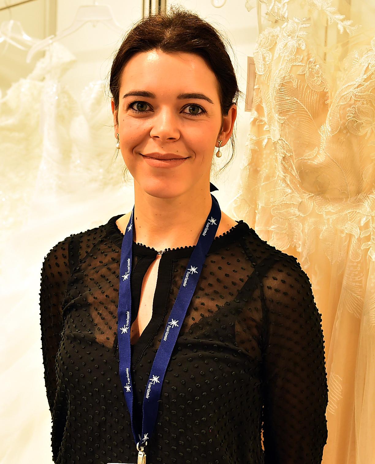 """598bd6dad8123 İulia Vielle (Fransa) : """"Avrupa'da bilinen markamızı Türkiye'ye de tanıtmak  için ikinci kez İzmir'e geldik. Almanya, İtalya, Portekiz, Çek Cumhuriyeti  gibi ..."""